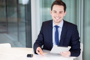 Kaufmann für Versicherungen und Finanzen Ausbildung und Gehalt